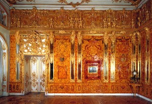 10 places to see in the suburbs of Saint Petersburg: Amber Room, Tsarskoe Selo