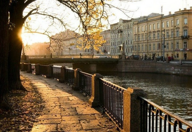 Saint Petersburg Rivers and Bridges (28)