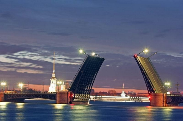 Saint Petersburg Rivers and Bridges (22)