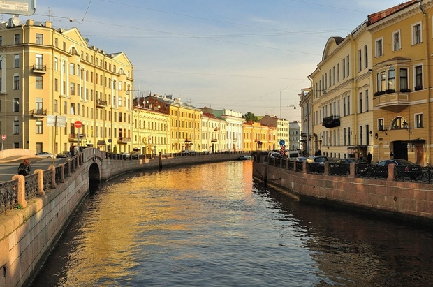Saint Petersburg Rivers and Bridges (1)